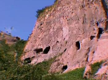 Удивительный пещерный город Хндзореск